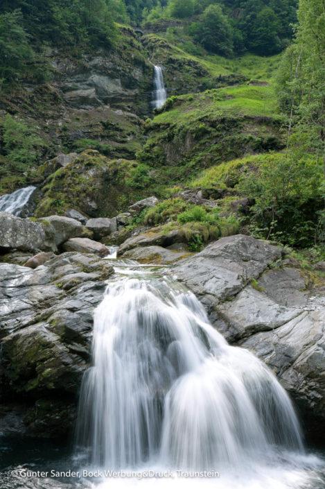 Lavizzaratal Wasserfall